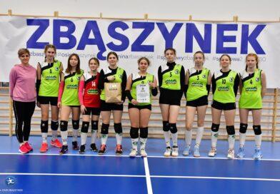 Siatkarki Gryfa grały na turnieju w Zbąszynku