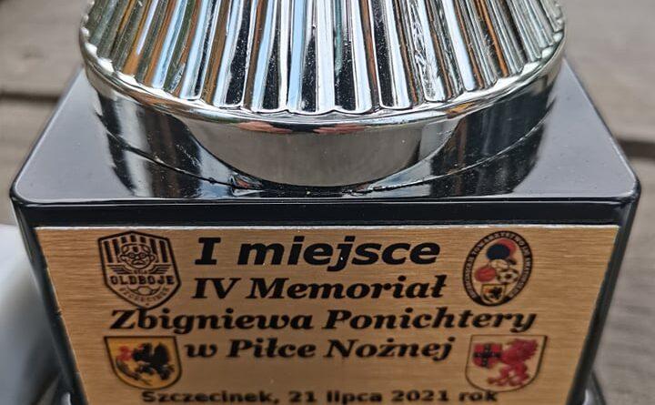 Piłkarskie uczczenie pamięci Zbigniewa Ponichtery